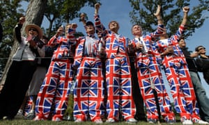Fans cheer for Europe's Ian Poulter on the fourth hole during a practice round at the Ryder Cup PGA golf tournament at the Medinah Country Club in Medinah, Ill.