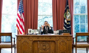 Barack Obama talks on the phone with Benjamin Netanyahu