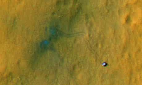 Curiosity's tyre tracks on the surface of Mars