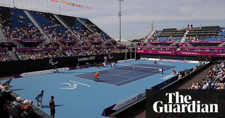 paralympics 2012 wheelchair tennis at eton manor in. Black Bedroom Furniture Sets. Home Design Ideas