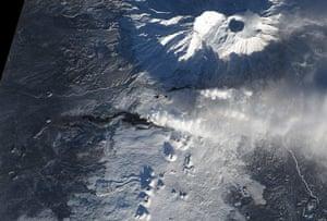 Satellie Eye on Earth: Eruption of Tolbachik Volcano