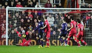 sport10: Southampton's Brazilian striker Guly Do