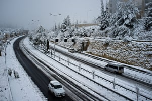 Snow in Jerusalem: Begin Road, one of Jerusalem's main arterial routes is partially open