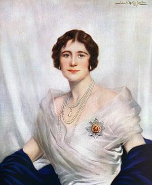 Royal portraits: Coronation portrait of Queen Elizabeth, the Queen Mother