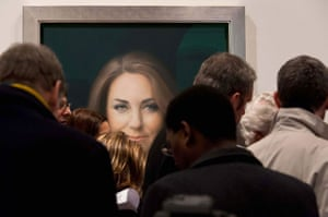 24 hours: Official portrait of HRH Catherine Duchess of Cambridge