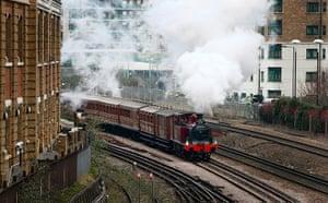 Met locomotive: Metropolitan 1 travels from Earl's Court