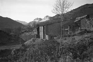 Kurt Schwitters at Tate: Merz Barn, Cylinders farm, Elterwater, Langdale 1948, Sprengel Museum