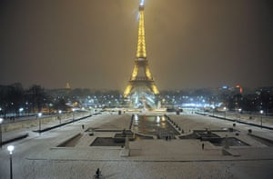 Paris snow: The Eiffel tower after snow fell overnight