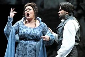 Football: Soprano Violeta Urmana and tenor Massimo Girodano