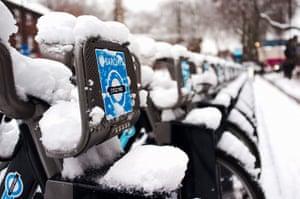 readers snow pix: Snowy Barclays Bikes