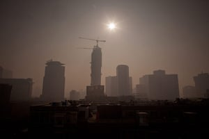 smog crisis in China: Severe pollution clouds the Beijing skyl