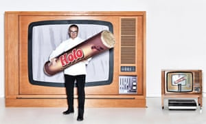 Heston Blumenthal with a giant packet of 'Holo's