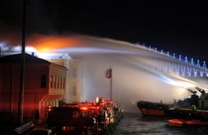 24 hours: Istanbul, Turkey: Fire teams try to control fire at Galatasaray University