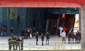 Bomb explosion at Athens shopping centre