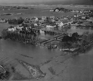 Floods 1953: The East Coast Disaster Of 1953 Flooding At Mablethorpe