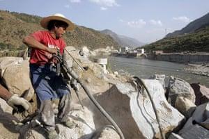 Yunnan Nujiang river: Nu river or Salween river :  Relocation Village Construction