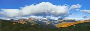 Yunnan Nujiang river: Glacier and peaks of Baima Snow Mountain