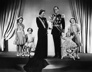 Queen Beatrix: An official portrait of the Dutch Royal Family