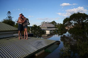 24 hours: flooding in southern queensland