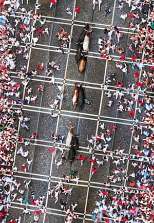 Big Picture: Running with the Bulls (2 x 12 min), Pamplona