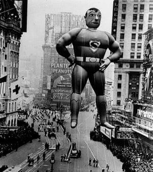 Superman: Inflatable Superman