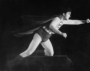 Superman: Kirk Alyn Flies
