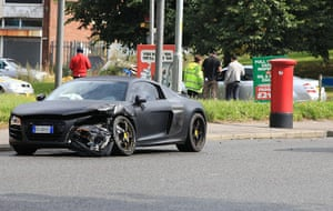 bad boy balotelli: Mario Balotelli Car Crash