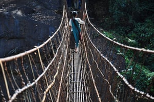 Meghalaya: Steel wire bridges have replaced the traditional bridges in some places.