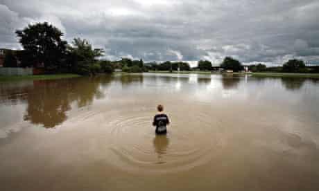 Floods in Thatcham, Berkshire, 2007