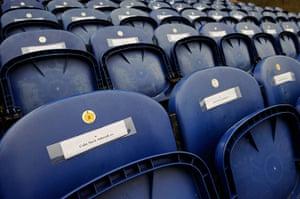 tom extra: empty seats