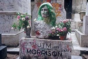 World subways: Jim Morrison's Grave, Pere Lachaise Cemetery, Paris