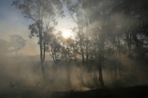 Australia heatwave: A grass fire outside of Gunning in New South Wales