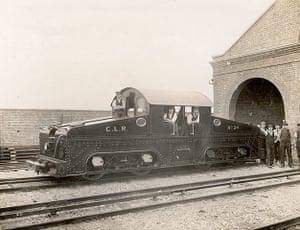 Tube through the decades: Underground Train, circa 1900