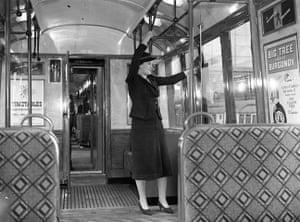 Tube through the decades: London Underground train, 1937