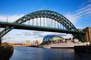 readers' 10 best bridges: Tyne bridge