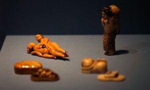 Shunga figurines