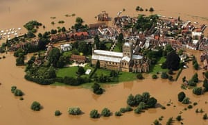 flood in Tewkesbury