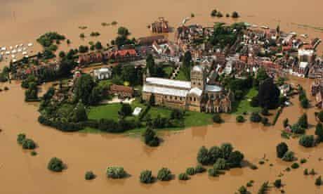 flood in Tewkesbury