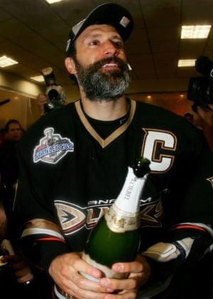 Scott Niedermayer of the Anaheim Ducks