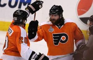 Scott Hartnell of the Philadelphia Flyers