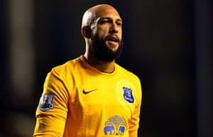 Everton's US goalkeeper Tim Howard