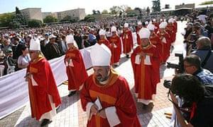 beatification of 522 people killed in spanish civil war
