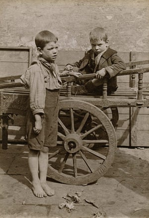 Spitalfields nippers: Two boys and a cart