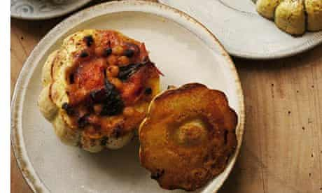 tuffed dumpling squash with tomatoes and basil