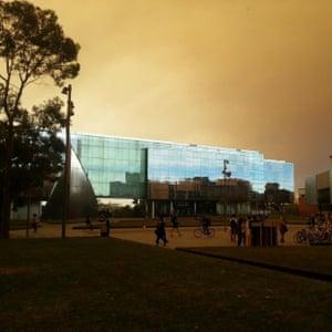 Sydney Uni smoke