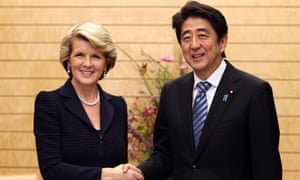 Foreign Minister Julie Bishop with Japanese prime minister Shinzo Abe