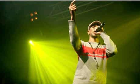 Giggs live