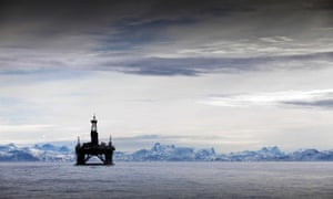 What are the risks of drilling for oil and gas in the Arctic?