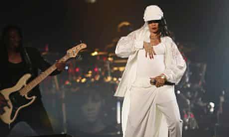 rihanna concert abu dhabi