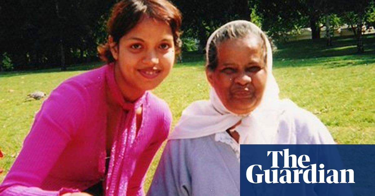 A Muslim daughter's role in preparing her mother for burial